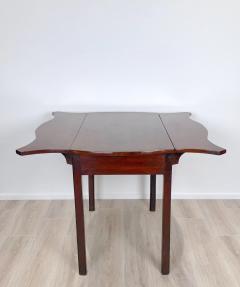Circa 1780 Serpentine Pembroke Table England - 1882327