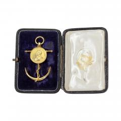 Commemorative Brooch by Edmund Johnson in 18ct Gold With Its Original Case - 1227043