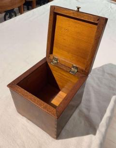 Cuboid Jewelry Box Walnut Ebony Mother of Pearl Austria Vienna circa 1830 - 1612325
