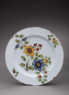 DELFT CHARGER DECORATED WITH FLOWERS - 1091747