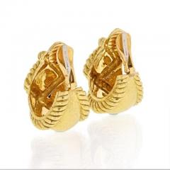 David Webb DAVID WEBB 18K YELLOW GOLD X MOTIF HAMMERED CLIP ON EARRINGS - 1858651