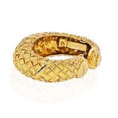 David Webb DAVID WEBB 1970S 18K YELLOW GOLD CHECKERBOARD TAPERED CUFF BRACELET - 1786268
