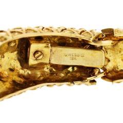 David Webb DAVID WEBB 1970S 18K YELLOW GOLD CHECKERBOARD TAPERED CUFF BRACELET - 1786269