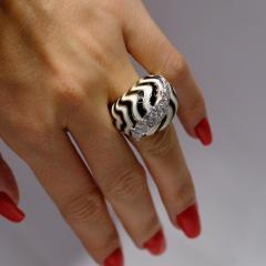 David Webb David Webb 18K Gold Black and White Bombe Diamond Enamel Ring - 1664816