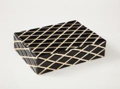 Diamond Pattern Horn Bone Box - 1860310