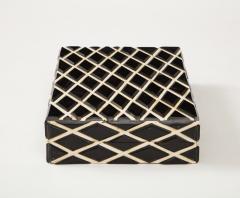 Diamond Pattern Horn Bone Box - 1860313