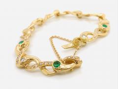 Diamonds and Emerald Yellow Golg 18 K Retro Bracelet - 1242800