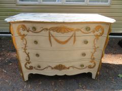 Dorothy Draper Stunning Dorothy Draper style Marble Top Chest Gilt Decoration - 1138793