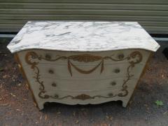 Dorothy Draper Stunning Dorothy Draper style Marble Top Chest Gilt Decoration - 1138795