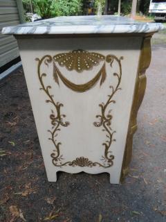 Dorothy Draper Stunning Dorothy Draper style Marble Top Chest Gilt Decoration - 1138800