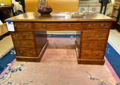 Double Pedestal Mahogany Desk 19th Century - 1779316