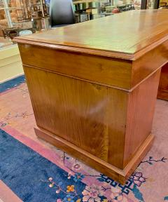 Double Pedestal Mahogany Desk 19th Century - 1779318
