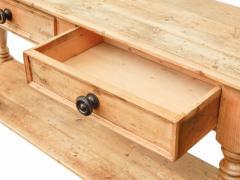 Draper s Table Console - 1893227
