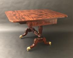Duncan Phyfe A Classical Library Table - 1435969