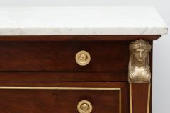 EARLY 19TH CENTURY CONTINENTAL WALNUT COMMODE - 689991