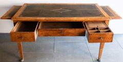 EARLY 19TH CENTURY FRENCH WALNUT DESK - 1834897