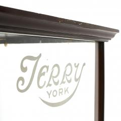 ENGLISH JERRY YORK MAHOGANY DISPLAY CASE - 2007170