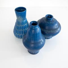 EVA JANCKE BJ RK THREE EVA JANCKE BJ RK VASES WITH BLUE GLAZE BO FAJANS - 909648