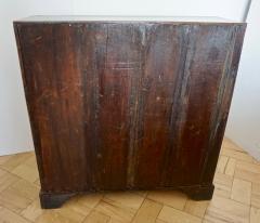 Early 18th Century English Walnut Veneered Stepped Interior Georgian Bureau Desk - 2057748