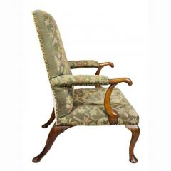 Early 18th Century Queen Anne Walnut and Needlepoint Upholstered Armchair - 1532234