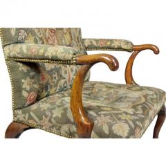 Early 18th Century Queen Anne Walnut and Needlepoint Upholstered Armchair - 1532240