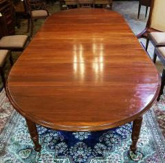 Early 19th Century American Cherry Extendable Dining Table - 1705716