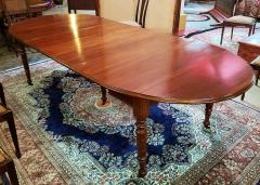 Early 19th Century American Cherry Extendable Dining Table - 1705722