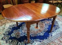 Early 19th Century American Cherry Extendable Dining Table - 1705729