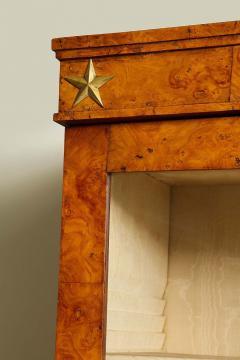 Early 19th Century Burr Oak Cabinet - 1821977