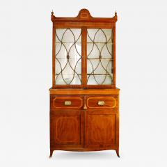 Early 19th Century English Hepplewhite Regency Secretary Bookcase and Cabinet - 525116