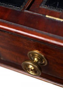 Early 19th Century Regency Mahogany Carlton House Desk circa 1820 - 426039
