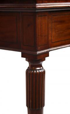 Early 19th Century Regency Mahogany Carlton House Desk circa 1820 - 426041