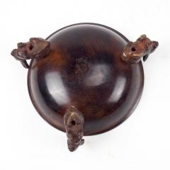 Early 20th Century Bronze Censer Supported by Three Rabbits - 2065615