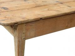 Early American Farm Table - 767017
