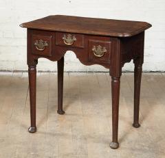 Early Georgian Oak Lowboy - 1959382