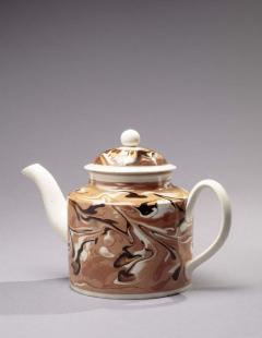 Early Mochaware Teapot with Lid - 384522