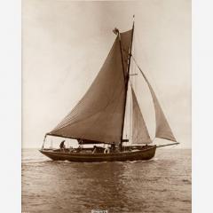 Early silver gelatin photo print by Beken of Cowes Yacht Senorita - 810933