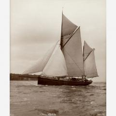 Early silver gelatin photographic print by Beken of Cowes Yacht Revive - 806867