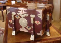 Edo lacquer chest karabitsu - 2075202