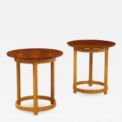 Edward Wormley Pair of Circular Side Tables by Edward Wormley for Dunbar - 2138940