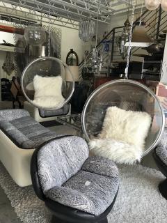 Eero Aarnio Pair Of Authentic Eero Aarnio Bubble Chairs - 933586