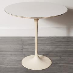 Eero Saarinen Early Eero Saarinen Round Tulip Side Table Knoll Model 160 USA 1957 - 982857