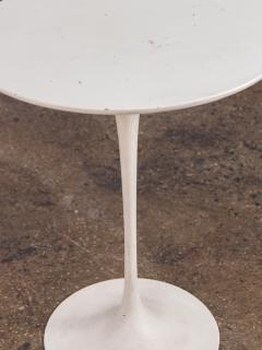 Eero Saarinen Eero Saarinen White Tulip Side Table for Knoll - 1037120