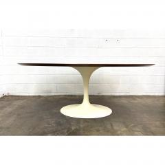 Eero Saarinen Eero Saarinen for Knoll Walnut Oval Dining Table - 1719727