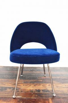 Eero Saarinen Knoll Eero Saarinen Armless Executive Chair 8 Available in Mohair - 1240007