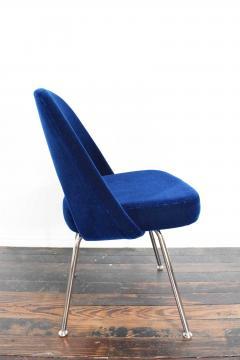 Eero Saarinen Knoll Eero Saarinen Armless Executive Chair 8 Available in Mohair - 1240009