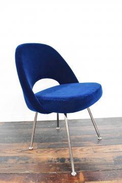 Eero Saarinen Knoll Eero Saarinen Armless Executive Chair 8 Available in Mohair - 1240010