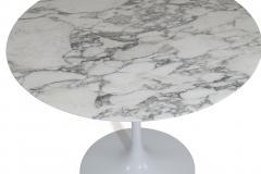 Eero Saarinen Knoll Saarinen 35 Round Arabescato Marble Dining Table - 1264767
