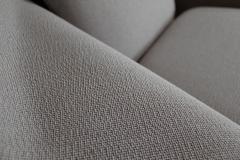 Eero Saarinen Pair of Knoll Womb Chairs Designed by Eero Saarinen - 997982