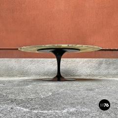 Eero Saarinen Round marble table mod Tulip by Eero Saarinen and produced by Knoll 1956 - 2135238